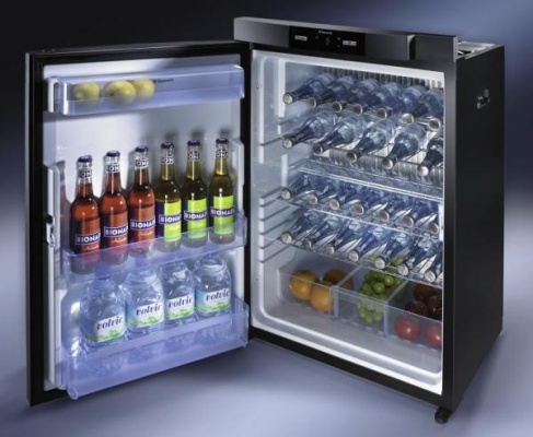 dometic rm 8400 3 way caravan motorhome fridge. Black Bedroom Furniture Sets. Home Design Ideas