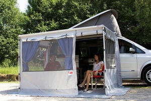 Fiamma Caravanstore & F35 Pro Privacy Room CS Light
