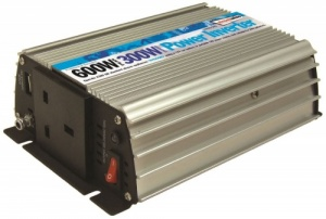 Streetwize 300 Watt 12v - 240v Power Inverter